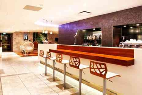 No1 Lounges - London airport lounges, entry with food & wine - Save 30%