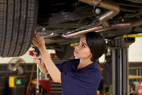 Alpha Academy - Car mechanic online course - Save 94%