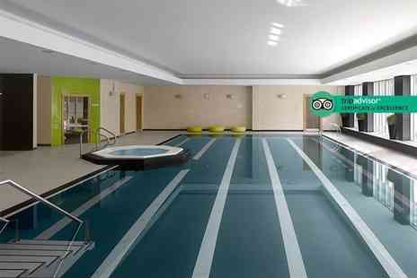 Radisson Blu Durham - Overnight stay for two with spa access, two Dermalogica treatments each, breakfast, late checkout, a 25% discount on food and drink and 20% discount on additional treatments - Save 54%