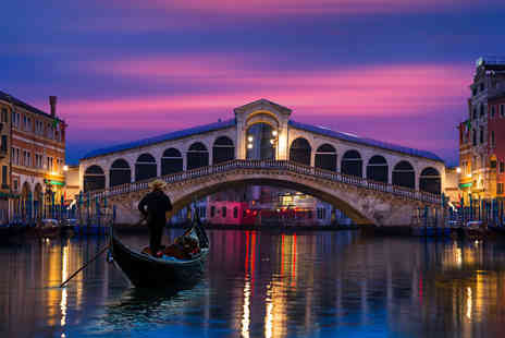 Super Escapes Travel - Two nights Venice stay with return flights - Save 30%