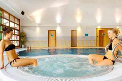 Clarion Cedar Court Wakefield - Double Room for Two with Breakfast, 2 Course Dinner and Leisure Club Access - Save 43%
