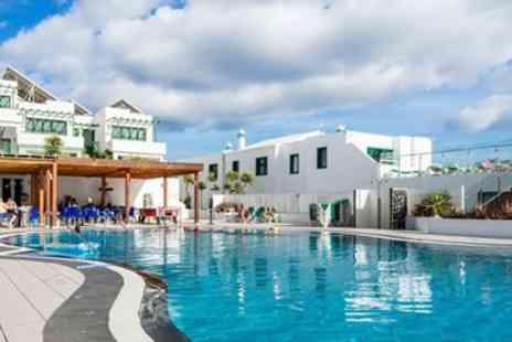 Teletext Holidays - Seven nights all inclusive Lanzarote holiday with flights - Save 0%