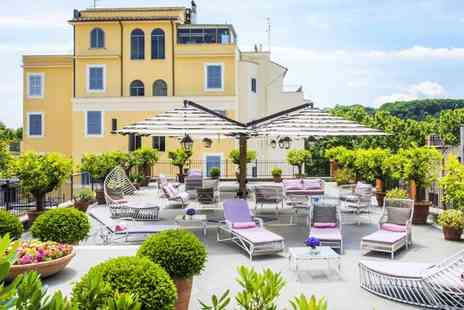 Hotel Ponte Sisto - Four Star Romantic Escape with St. Peters Basilica Views for two - Save 80%