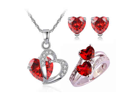 Taylors Jewellery - Red heart crystal jewellery set - Save 80%