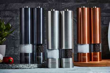 Groupon Goods Global GmbH - Cooks Professional Salt and Pepper Mill Set - Save 70%