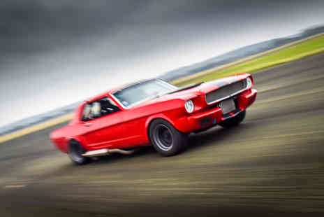 Virgin Experience Days - Mustang round a track with this amazing Mustang Blast - Save 34%