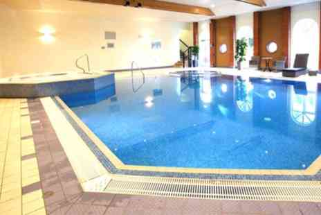 Hogs back hotel - 1 or 2 Nights Stay for Two with Breakfast, Dinner and Health Club Access - Save 44%