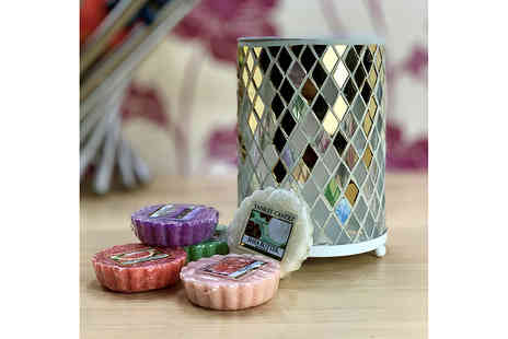 Yankee Bundles - Mosaic Yankee Candle melt warmer with five melts - Save 63%
