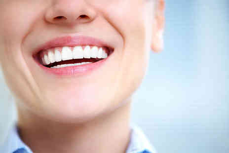 Phoenix Clinic - Two veneers or dental crowns - Save 50%
