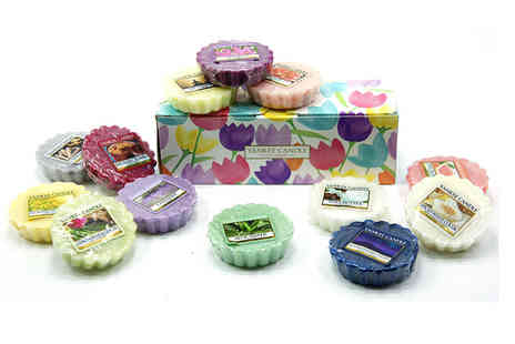 Yankee Bundles - 10 assorted Yankee Candle wax melts in a floral gift box - Save 60%