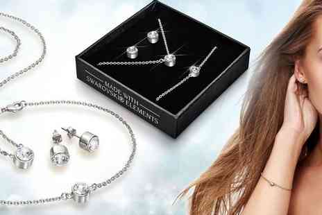 Lily Spencer London - Tri set of jewellery choose from three colours - Save 77%
