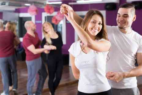 Club Quba - Five Beginners Salsa Classes for One or Two - Save 80%