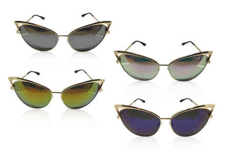Bellap - Pair of cat eye sunglasses choose from four colours - Save 73%