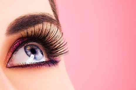 SK Beauty at Jason Shankey - Eyebrow shape, eyebrow tint and eyelash tint - Save 50%