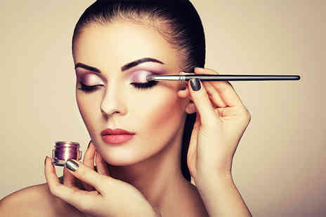 International Makeup Academy - Three hour makeup masterclass using MAC products with a glass of Prosecco - Save 83%