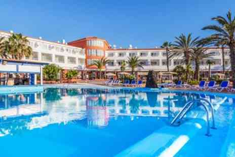 Globalhoppers - All inclusive beach escape with flights - Save 0%