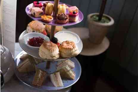 Signature Townhouse Hyde Park - Afternoon tea for two people with bottomless hot drinks - Save 60%