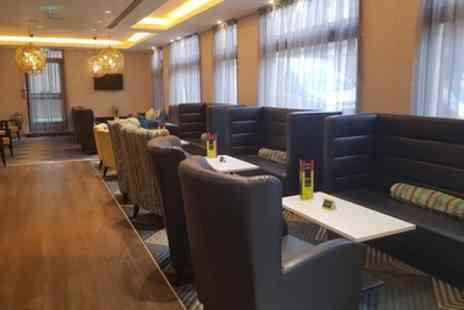 Hampton By Hilton - Four Cocktails or Bottle of Prosecco to Share - Save 69%