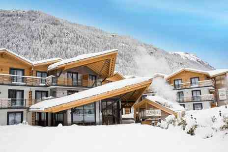 Residence Prestige Odalys Isatis - Four star Authentic Apartments in the Iconic French Alps for two - Save 27%