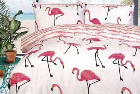 Groupon Goods Global GmbH - Pieridae Summer Prints Easy Care Reversible Duvet Set - Save 0%