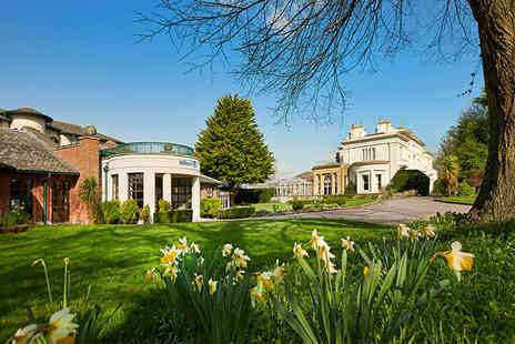 Hilton Puckrup Hall Hotel & Golf Club - Wedding package for 50 day guests and an additional 20 evening guests - Save 46%