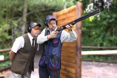 Adventure 001 - Clay pigeon shooting experience - Save 51%