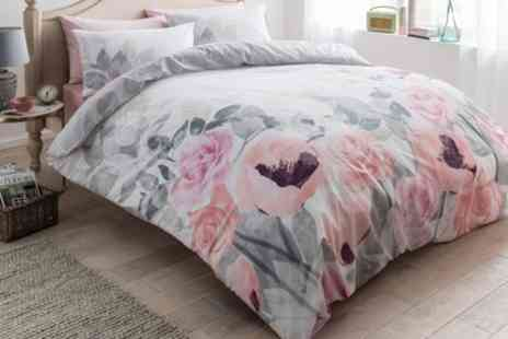 Groupon Goods Global GmbH - Bloom Reversible Duvet Set - Save 0%