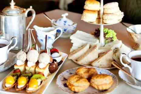 Mere Court Hotel & Conference Centre - Elegant country house afternoon tea & bubbly for Two - Save 42%