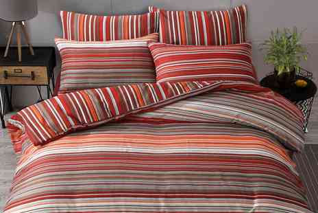 Groupon Goods Global GmbH - Pieridae Ombre Stripe Duvet Set - Save 0%