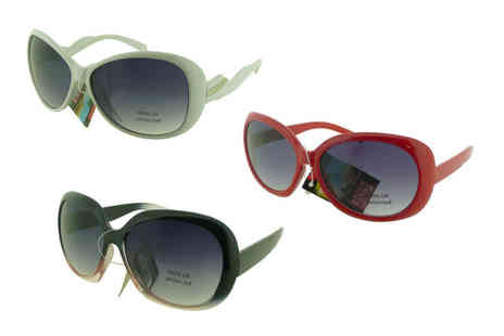 Best Tablet Company - Pair of oversize sunglasses choose from eight designs - Save 73%