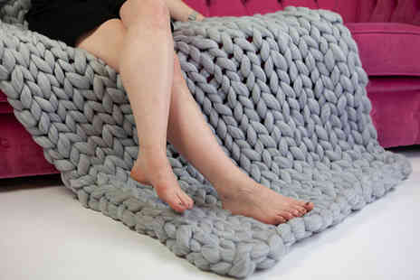 Deals Direct - Small Cascabelle chunky hand knitted blanket, medium sized blanket, large sized blanket - Save 0%