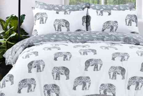 Groupon Goods Global GmbH - Pieridae Elephants Reversible Duvet Set - Save 0%