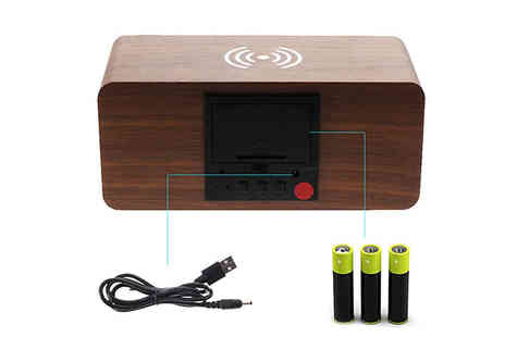 Fantasy Supply - Wooden Led Alarm Clock and Wireless Phone Charger Choose from 4 Colours - Save 67%
