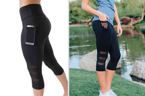 Blu Fish - Pair of fitness leggings with phone holder choose from three sizes - Save 77%