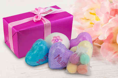Bathtime Boutique - Gift wrapped mum bath bomb set or Gift wrapped chill pill set - Save 50%