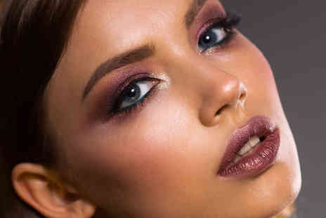 iMakeup Studio - Three hour makeup masterclass using MAC products - Save 73%