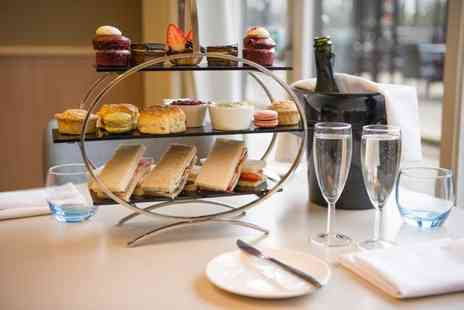 Novotel York Centre - Classic afternoon tea for two people, include a glass of Prosecco each - Save 41%