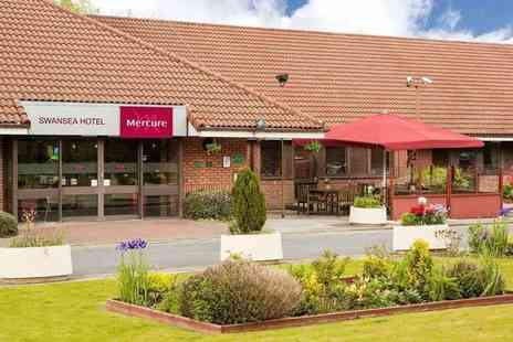 Mercure Swansea - Overnight stay for two people with £22 dinner allowance, glass of wine each, breakfast and leisure access - Save 53%