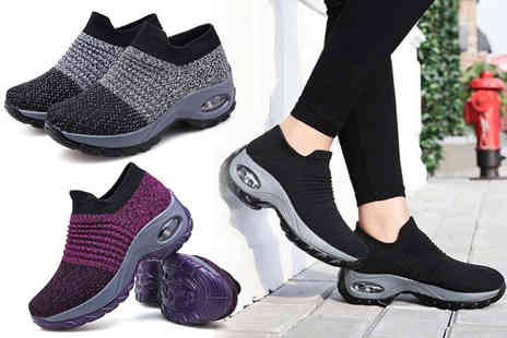 Domo Secret - Pair of breathable shaper trainers choose between black, grey and purple - Save 70%