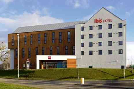 Ibis Gloucester Hotel - Double Room for Two with English Breakfast - Save 27%