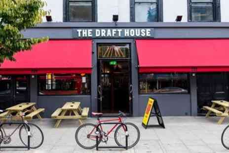 Draft House Holding - Six chicken wings and beer paddle - Save 46%