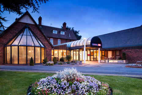 Mercure Hull Grange Park Hotel - Overnight stay for two people with breakfast - Save 28%