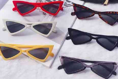 Groupon Goods Global GmbH - Retro Style Cat Eye Sunglasses - Save 0%