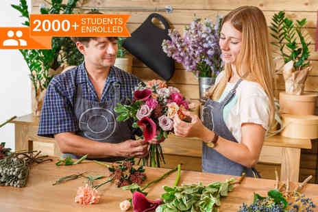 Blue Mountain - Online floristry course - Save 91%