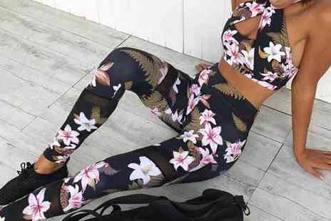 Domo Secret - Floral fashion set including halter neck sport top and leggings in Uk ladie dress sizes 6 To 10 - Save 50%