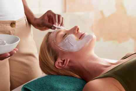 PURE MEDI SPA - Bespoke Facial with Imaging and Optional Oxygen Therapy - Save 0%