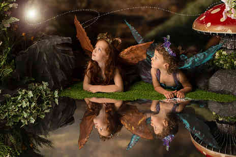 Click Connection Corporation - Fairy and elf photoshoot including two prints and two £50 vouchers - Save 0%