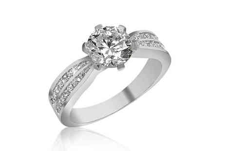 Gemnations - Silver plated solitaire crystal ring - Save 91%