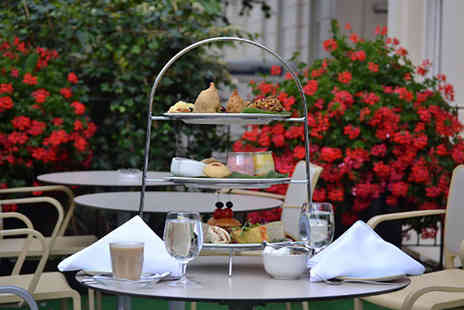 Park Grand Paddington Court - Your choice of a traditional, chocolate or Indian inspired afternoon tea for two people with a glass of bubbly each - Save 65%