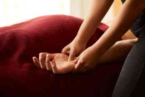 Vera Bellezza - 30 or 60 Minute Deep Tissue Massage - Save 52%